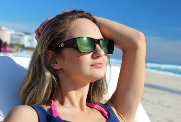 What are Fit Over Sunglasses?